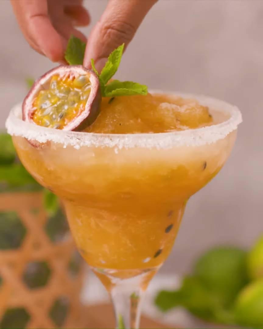 No-Blend-Granadilla-Margarita-Slushie