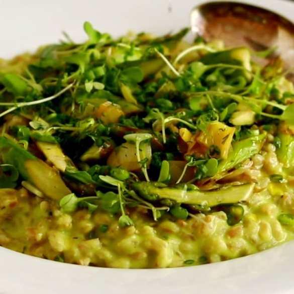 Green Farro Risotto (with Frozen Peas)