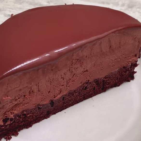 Chocolate Mousse Cake - without Gelatine & Eggless