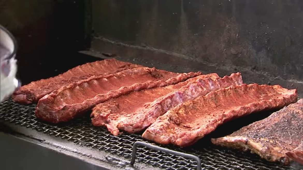 Professional Baker Teaches You How To Make BBQ RIBS