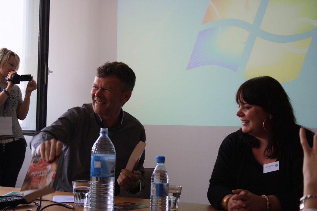 """2. Panel """"Vom Self-Publishing zur Auflagenmillionärin -Der große Traum vom eigenen Buch"""" von Poppy J. Anderson"""