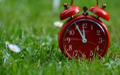"""""""После"""" не съществува, часовникът показва """"сега"""""""