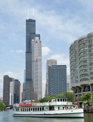 Chicago River Cruise. Photos courtesy of Chicago Architecture Foundation