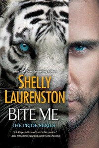 Review: Bite Me by Shelly Laurenston