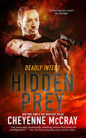 Review: Hidden Prey by Cheyenne McCray