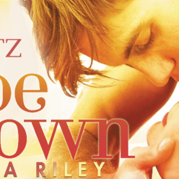 GIVEAWAY & Book Blitz: Upside Down by Lia Riley