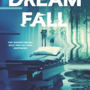Review: Dreamfall by Amy Plum