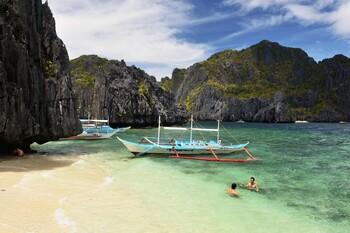 Филиппины открыли границу для иностранцев с действующими визами