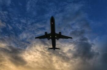 Глава Минтранса назвал вероятные сроки возобновления международного авиасообщения