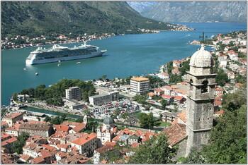 Отели и рестораны Черногории планируют открыть 18 мая