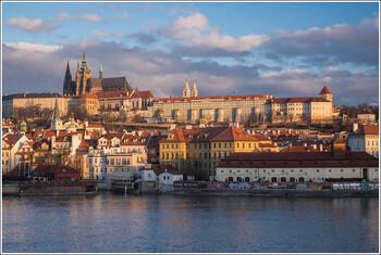 Президент Чехии: границы стран ЕС надо держать закрытыми ещё год