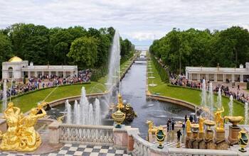 Сезон фонтанов открывается в Петербурге