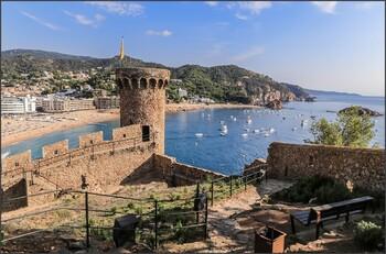 Туроператоры отменяют туры в Испанию из-за новой вспышки коронавируса