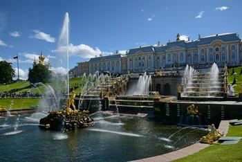 В Петергофе отменили осенний праздник фонтанов