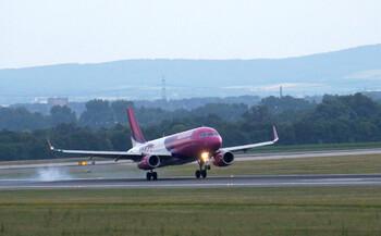 Wizz Air планирует в августе возобновить рейсы из Лондона в Петербург