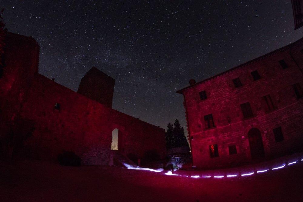 Il Castello di Petroia sotto le stelle