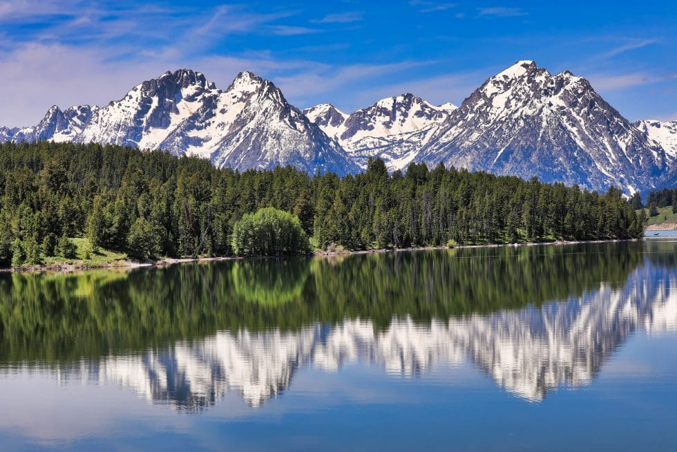 The Grand Tetons in Wyoming by Booking Express Travel