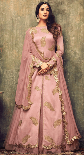 How to Dress for a Desi Winter Wedding 5 - Sonal Chauhan Rose Pink Lehenga