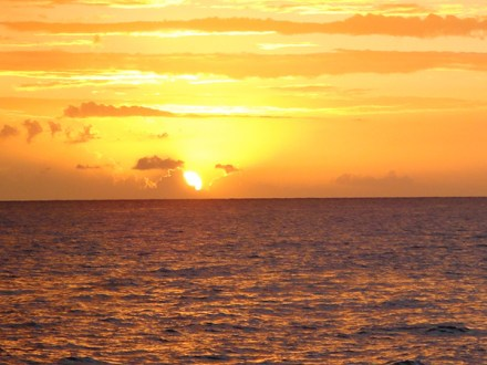 Negril Beach, Rick's Cafe & Sunset | Book Jamaica Excursions | bookjamaicaexcursions.com | Karandas Tours