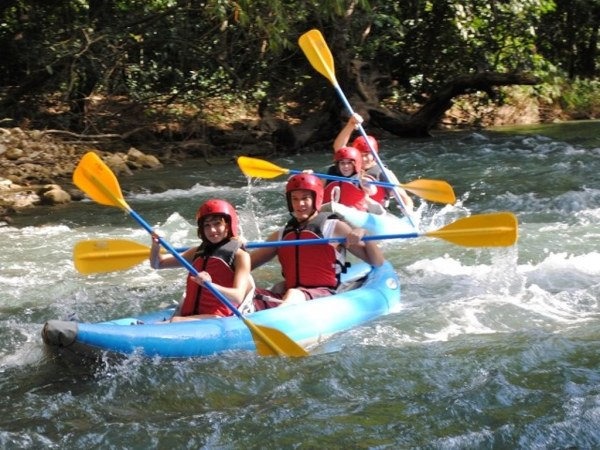 White Water River Kayaking | Book Jamaica Excursions | bookjamaicaexcursions.com | Karandas Tours