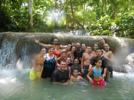 Group Shot | Book Jamaica Excursions | bookjamaicaexcursions.com | Karandas Tours
