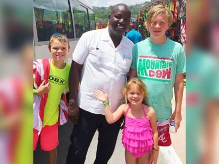 Awesome Day | Book Jamaica Excursions | bookjamaicaexcursions.com | Karandas Tours