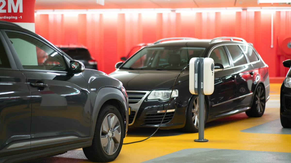 Quick Wisdom | Are Electric Vehicles Actually Clean?