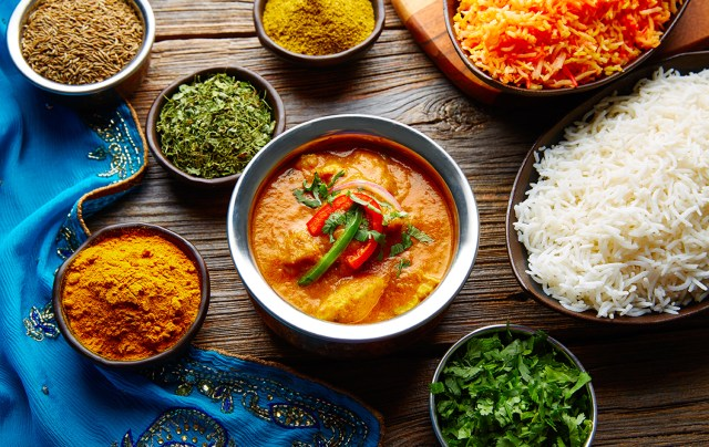 Indian Cookery Classes Indian Cookery Lessons in Ewell near Epsom with Book Look Cook.
