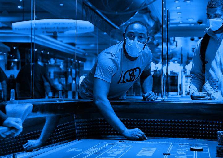 Казино Лас-Вегаса восстановятся после пандемии коронавируса не раньше 2022 года