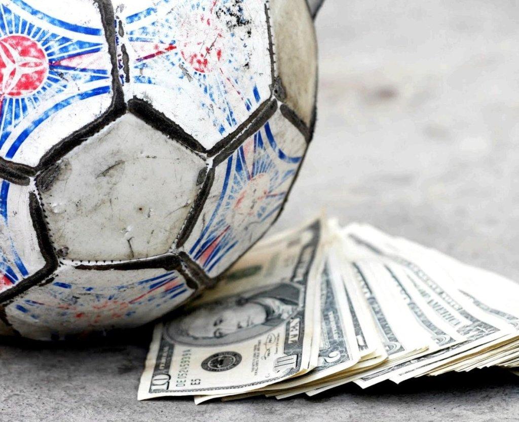 ВЦИОМ: россияне считают букмекеров обязанными развивать спорт