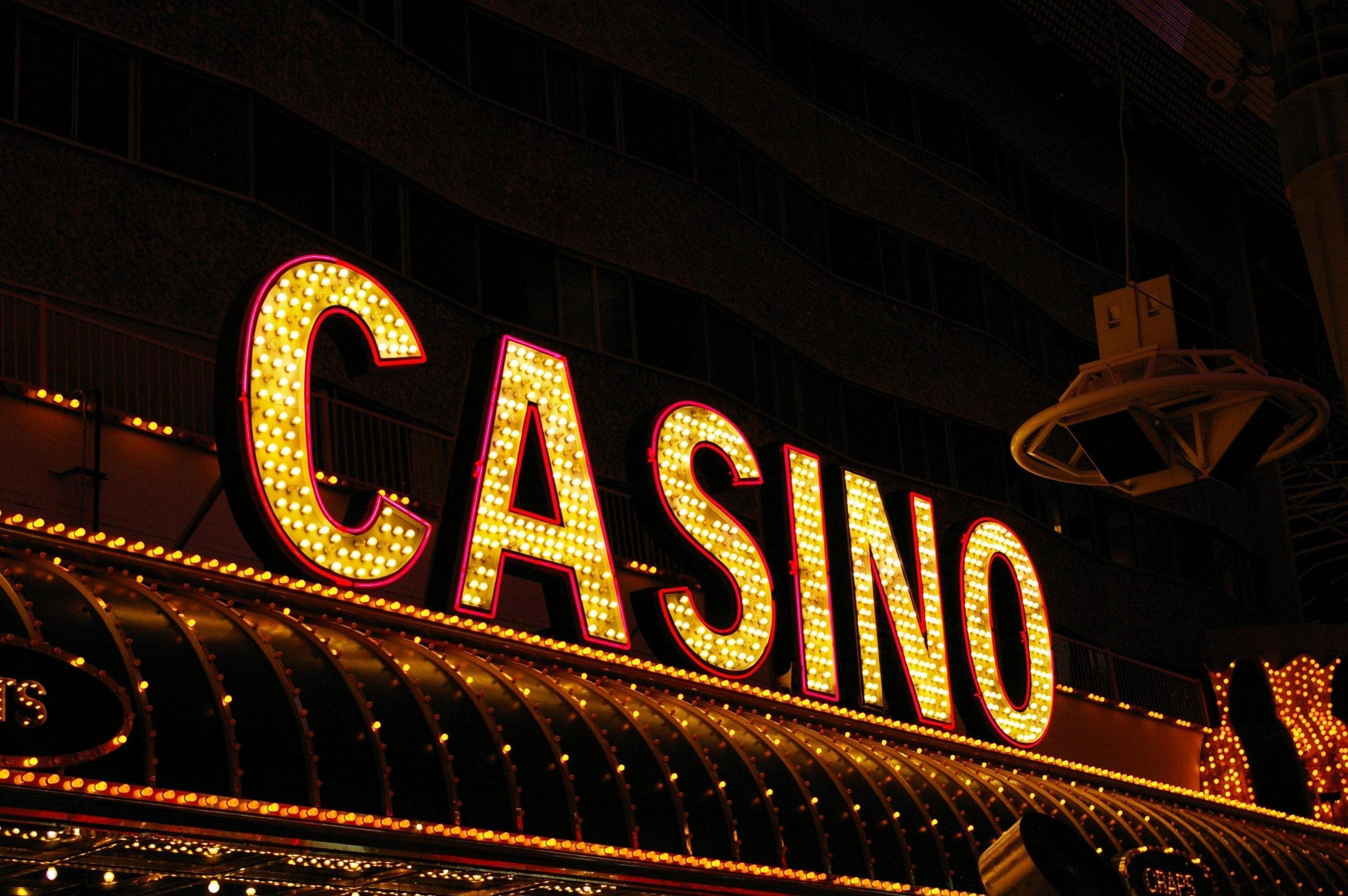 Сотрудники казино Лас-Вегаса боятся возвращаться на работу