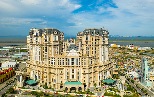 Открытие одного из самых дорогих казино в мире затягивается