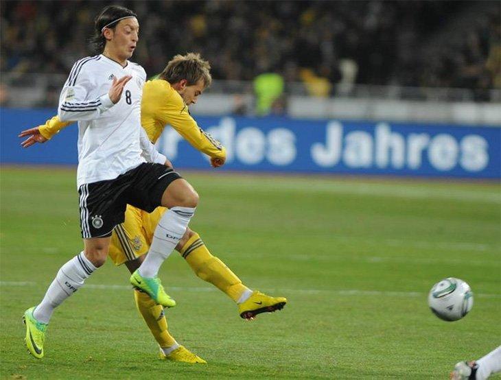Україна та Німеччина грали при підготовці до Євро-2012, а тепер зустрінуться в рамках Євро-2016