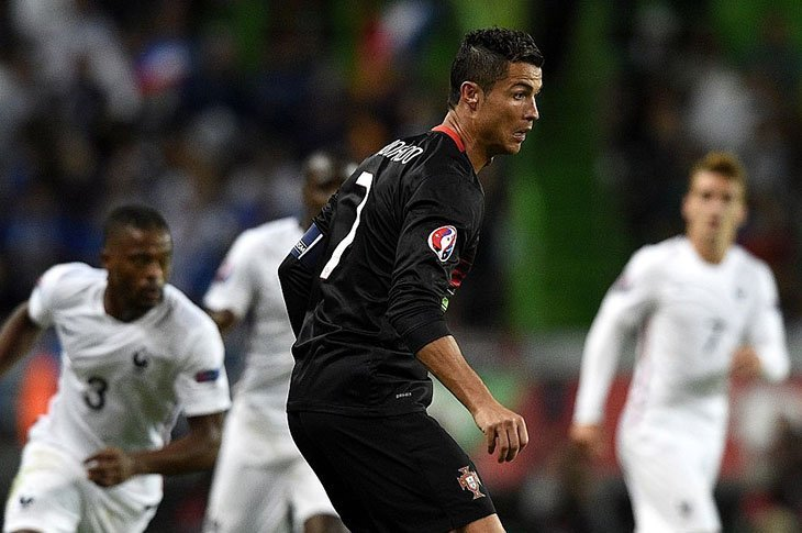 Остання очна зустріч – товариський матч 4-го вересня 2015-го року в Лісабоні (1:0 перемога Франції)