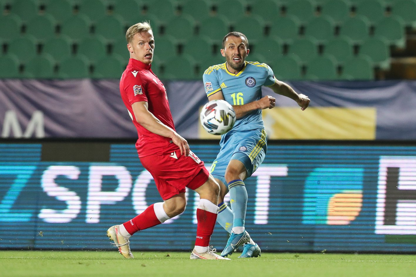 Гол Лисаковича принес Беларуси победу над Казахстаном