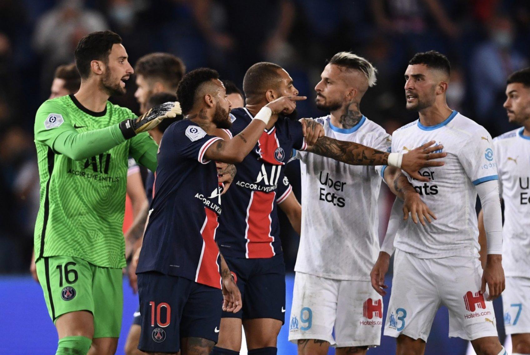 Неймар и Паредес дисквалифицирован на два матча за драку с «Марселем»