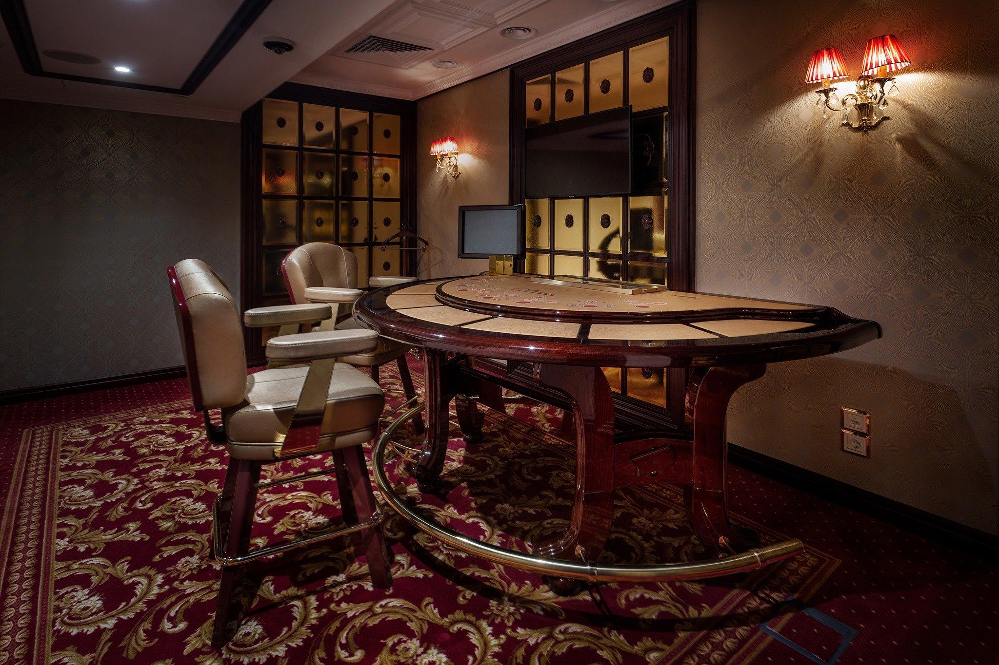 Первые наземные казино заработали в Украине
