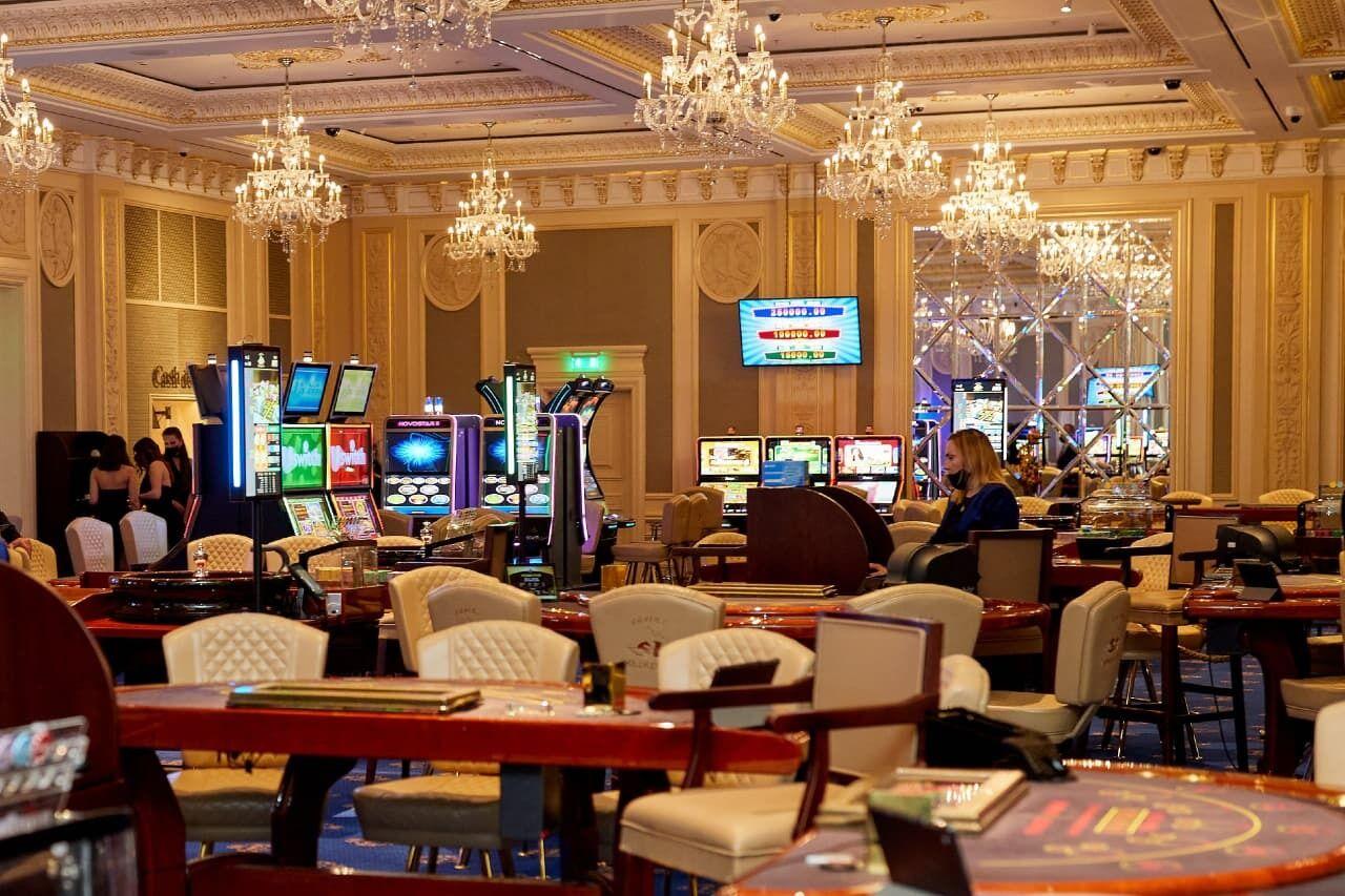 """В """"Fairmont Grand Hotel"""" открыли казино сетевого бренда """"Shangri La"""""""