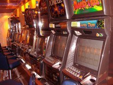 Помещение в 15-й раз опечатанного подпольного казино