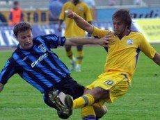 Когда-то 'Шинник' и 'Ростов' боролись друг с другом в Премьер-лиге. Теперь кому-то придется уступить