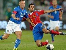 Эпизод матча между сборными Италии и Испании