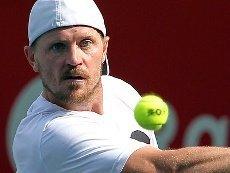 Алекс Богомолов-младший почти лишен шансов победить в матче с Федерером, считают букмекеры