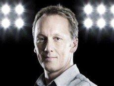 Ли Диксон советует клиентам биржи ставок Betfair ставить на ТБ в матче «Челси» с «Манчестер Юнайтед»