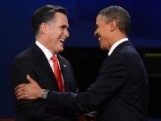 Барак Обама (справа) и Митт Ромни