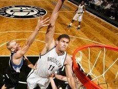 Поклонники баскетбола смогут понаблюдать за командами с отлично выстроенной защитой