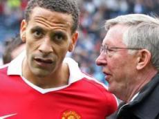 «Манчестер Юнайтед» не упустит титул из рук в этом сезоне Премьер-лиги, а «Манчестер Сити» снова потратит десятки миллионов