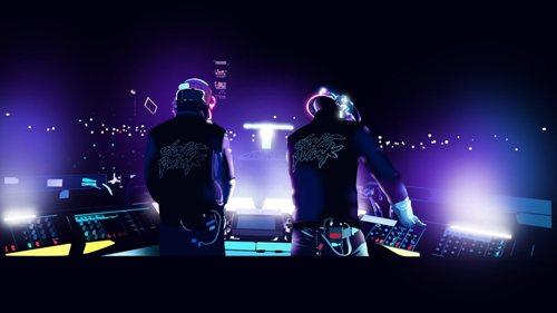 Daft Punk может затмить подтвержденных хедлайнеров, уверен представитель букмекера