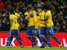 Бразильцы должны забить после перерыва