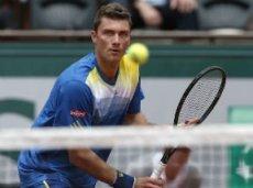 Брандс во втором круге обыграл Федерера