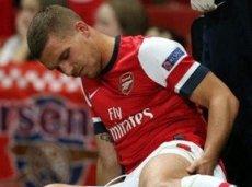 Лукас Подольски из-за травмы выбыл на 10 недель